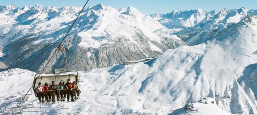 Montafon är ett vackert skidområde med många kilometer backar och spår