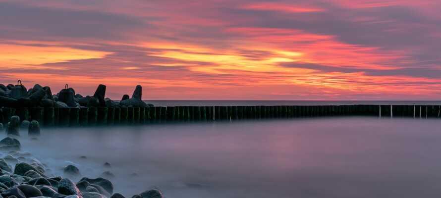 Die Stadt Jaroslawiec liegt an der baltische Küste, und den Strand ist nur ein Steinwurf entfernt.