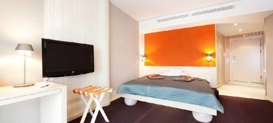 Bo bekvämt i moderna rum som är perfekta för att koppla av i efter en händelserik dag.