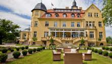 Det smukke slotshotel ligger i landsbyen Kuhlen-Wendorf