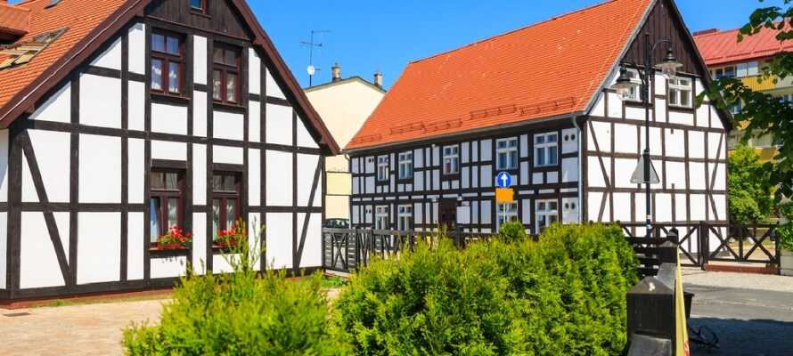 Besøg fiskerbyen Ustka og se den smukke arkitektur. Der er mange restauranter og om sommeren er byen fuld af liv.