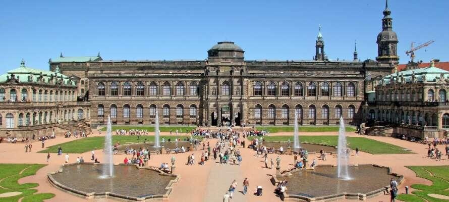 Der Zwinger ist einer von Deutschlands bekanntesten Barockbauten. Im dazu gehörenden Museum gibt es wunderbare Gemälde zu sehen.