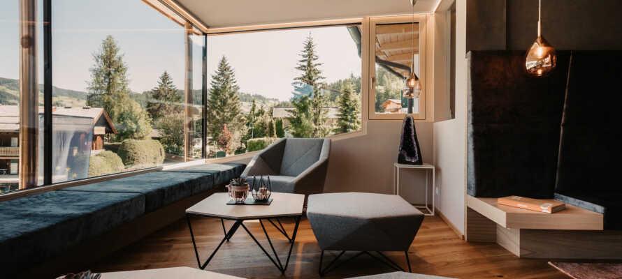 Det 4-stjernede Alpina Wagrain tilbyder et højt komfortniveau, i en stilfuld og gæstfri atmosfære.