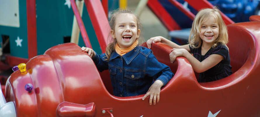 Wenn Sie mit Kindern in Urlaub fahren, ist für Groß und Klein Liseberg ein großer Hit für die ganze Familie.