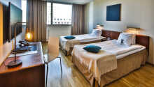 Exempel på ett av hotellets dubbelrum, som alla är minst 25 m² stora.