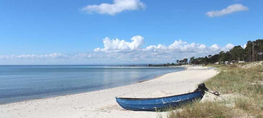 Stranden i Åhus er fantastisk og er et samlingpunkt for mange mennesker i nærområdet.