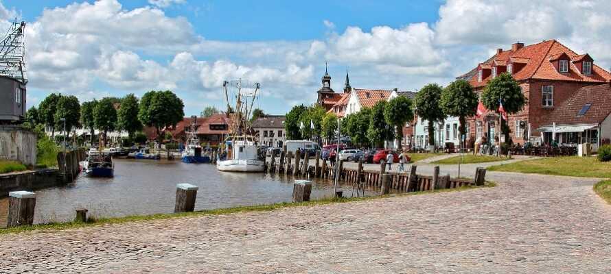 En kort biltur från Friedrichstadt ligger Tönning där det alltid är trevligt att strosa runt.