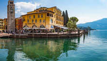 Hotellet ligger flott til ved Gardasjøen