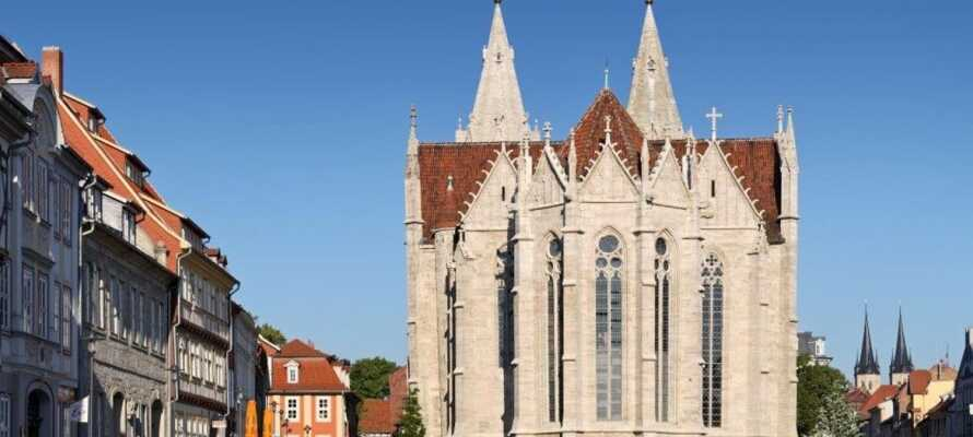 Hotellets plassering midt i Mühlhausen gir dere noen ideelle muligheter for å utforske den flotte middelalderbyen