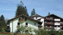 Landgasthof Astner har en hyggelig beliggenhet i Zillertal i Tyrol
