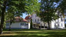 Lundsbrunn Resort & Spa byder velkommen til en herlig ferie i smukke naturomgivelser, i kort afstand fra Vänern.