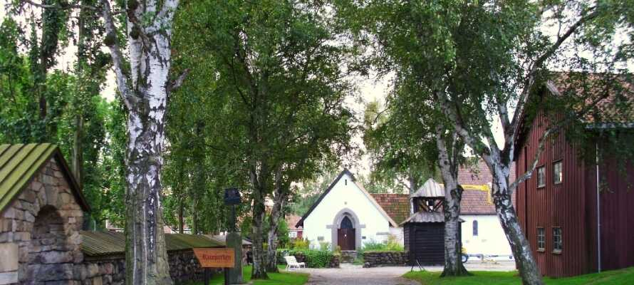 Borgarsyssel Museum visar  Østfolds historie från medeltiden till nutid. Besök arbetar-bostäderna i Borregård och Hafslund.