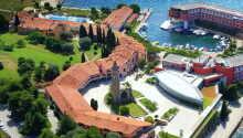 Hotel Histrion ligger i naturskønne omgivelser i den smukke kystby, Portoroz i Slovenien