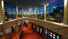 Prova lyckan på Casino Bernardin i grannbyggnaden.
