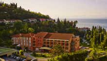 Hotel Salinera ligger i natursköna omgivningar, nära skog, hav och staden Piran.