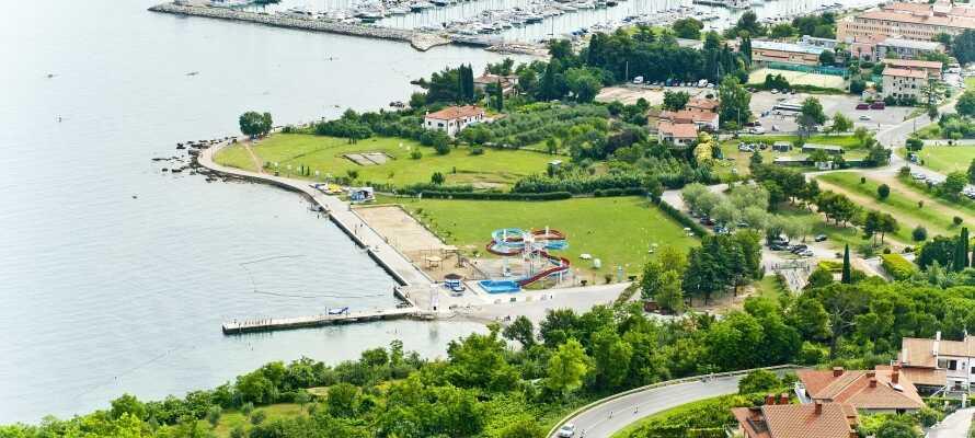 San Simon Resort har en fin beliggenhed nær den flotte slovenske kyst.