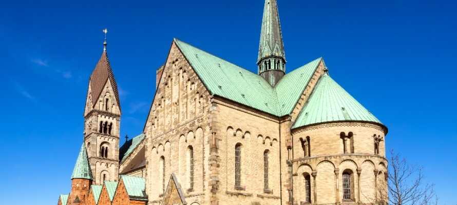 Die Stadt mit der beeindruckenden Kathedrale garantiert einen angenehmen Spaziergang durch die Stadt.