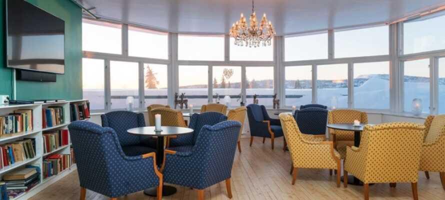 Das charmante Hotel ist in einem schönen Holzhaus im traditionellen norwegischen Stil eingerichtet.