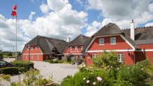 Varmt välkomna till Tyrstrup Kro och en idyllisk miljö nära Christiansfeld.