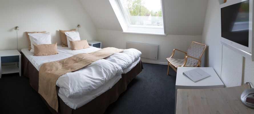 Der Gasthof Gram Slotskro hat 26 schöne Zimmer verschiedener Größe, Atmosphäre und Einrichtung.