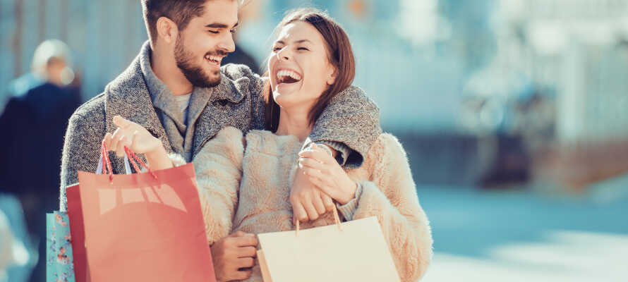 Fra hotellet har I gåafstand til den hyggelige gågade i Fredericia, hvor der er gode muligheder for shopping.