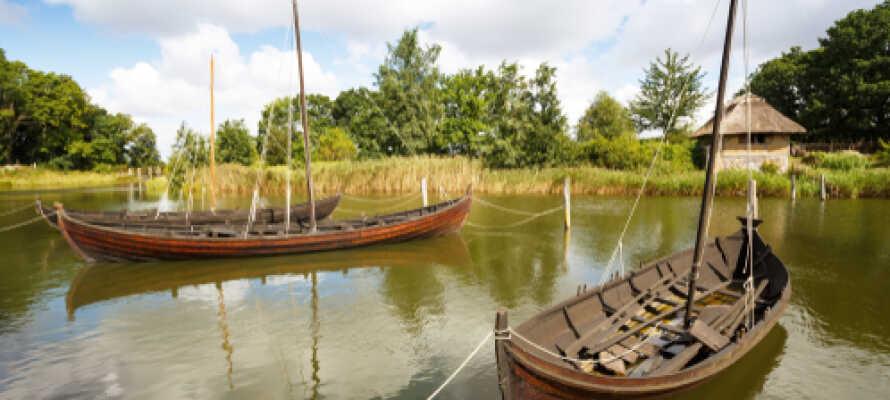 Erleben Sie das Mittelalter im historischen Museum bei Sundby. Ein spannendes Erlebnis für die ganze Familie.