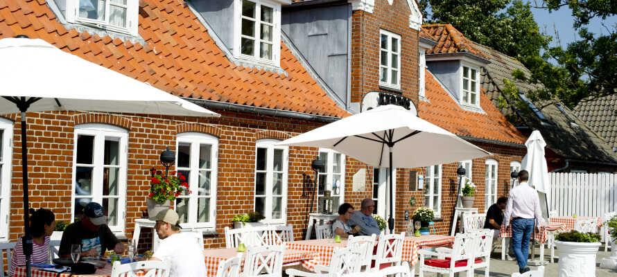 Willkommen im gemütlichen Gasthof Rudbøl Grænsekro, an der deutsch-dänischen Grenze.