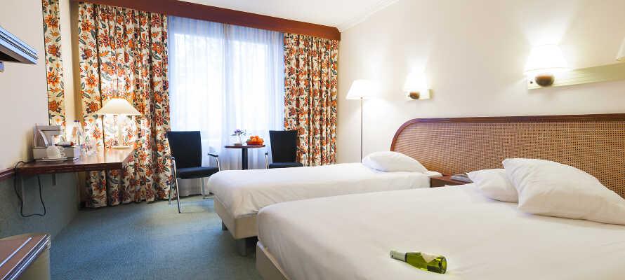 Hotellets nydelige værelser tilbyder en behagelig indbydende atmosfære under Jeres ophold.