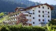 Hotel Tirolenhof har ett naturskönt läge i Wildschönau, i hjärtat av Tyrolens alplandskap.