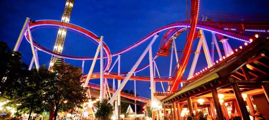 Erleben Sie den weltberühmten Vergnügungs- und Abenteuerpark Tivoli!