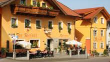 Das Hotel Rösslwirt liegt in Lam, einem Kurort im Bayerischen Wald, an der Grenze zur Tschechischen Republik.