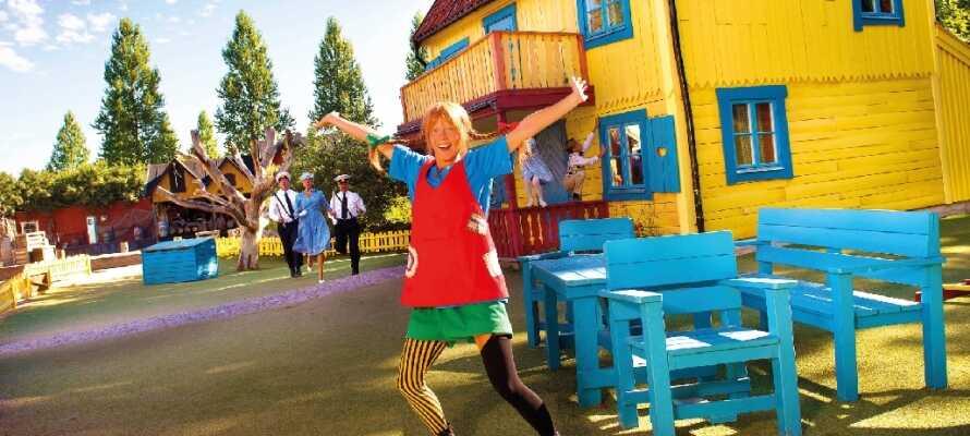 Oplev Astrids Lindgrens fødeby og barndomshjem i Vimmerby og temaparken 'Astrid Lindgrens Verden'.