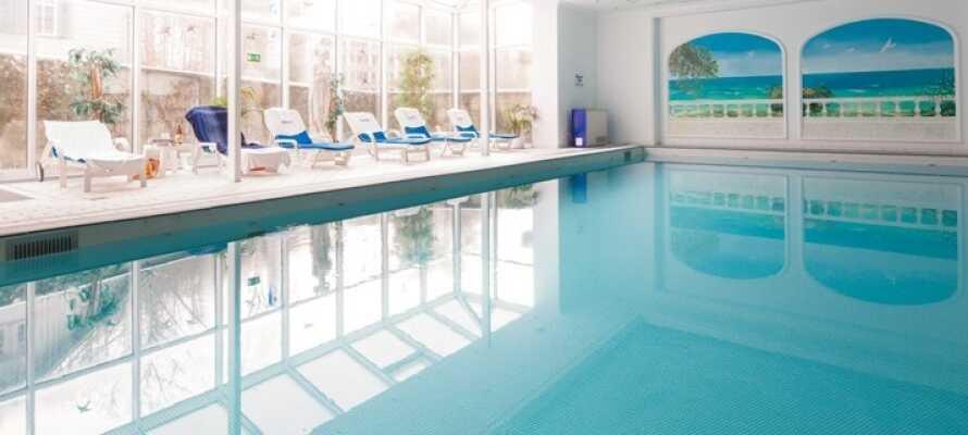 Während Ihres Aufenthalts haben Sie kostenfreien Zugang zum herrlichen Wellnessbereich des Hotels.