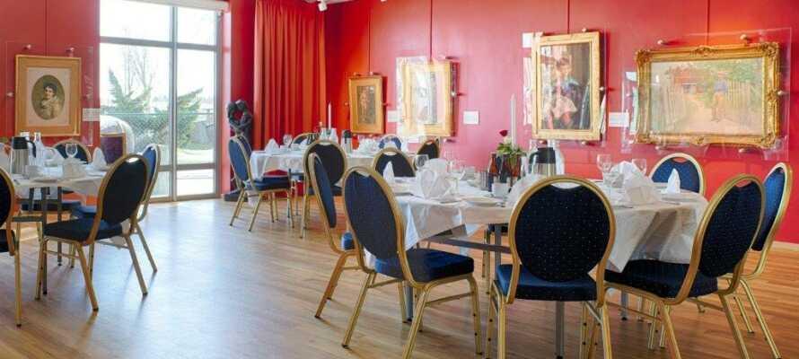 Das Hotel hat eine eigene Kunstgalerie mit Werken von u. a.  Anders Zorn, Carl Larsson, Bruno Liljefors und Jenny Nyström.