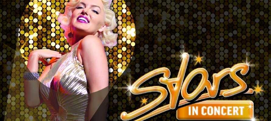 Oppholdet inkluderer en 1. klasses billett til en fortryllende kveld med Las Vegas-underholdning av ypperste kvalitet.