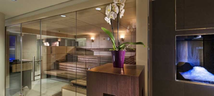 På hotellet er det tilgang til både sauna og fitnessfasiliteter, så der er mulig åslappe av etter en dag i storbyen.