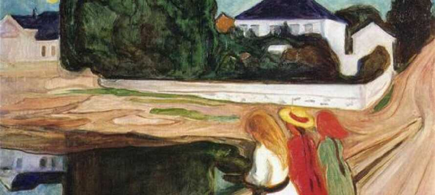 I Åsgårdstrand kan I besøge den kendte kunstner, Edvard Munchs hus, der i dag er indrettet som museum.