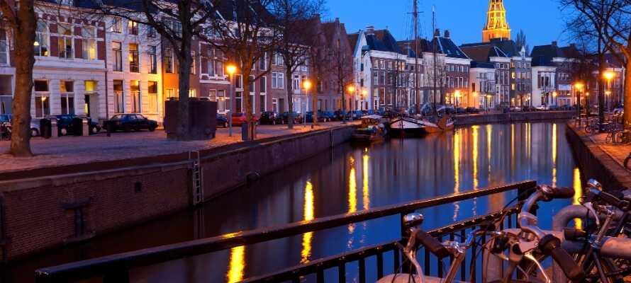 Groningen i Holland är en livlig universitetsstad där det finns mycket att uppleva både dag som natt.