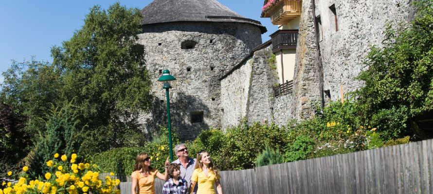 Erkunden Sie die Sehenswürdigkeiten der Gegend, unter anderem die schöne und aufregende Stadt Radstadt.