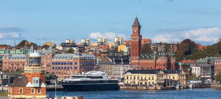 Det moderne byhotel ligger centralt i Helsingborg, med kort afstand til den charmerende havn.