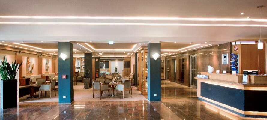 Det 4-stjernede hotellet ønsker dere velkommen til rolige og moderne omgivelser med trening og velvære.