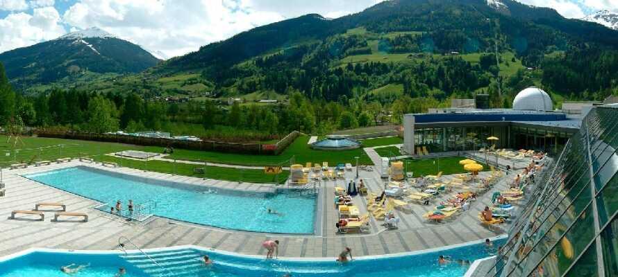 Besøk badet Felsentherme, hvor det er velvære for alle.