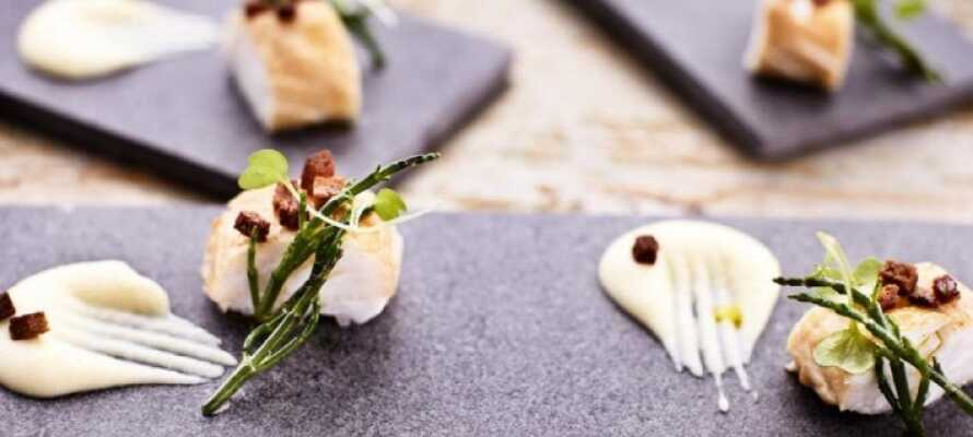 I hotellets restaurant, Ottos køkken, er det Bohuslän-smagene, der dominerer. Der er selvfølgelig skaldyr på menuen.