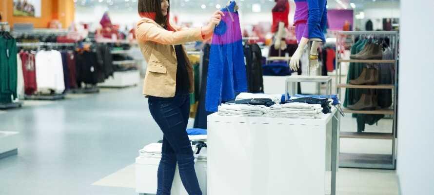 Med et ophold på Good Morning Kista har I helt ideelle shoppingmuligheder lige i nærheden!