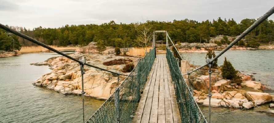 Omkring Nyköping findes intet mindre end 47 naturreservater som man kan gå på opdagelse i. Rent vandreparadis!