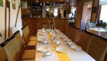Im Restaurant 'La Patatina' werden Gerichte der Region serviert.
