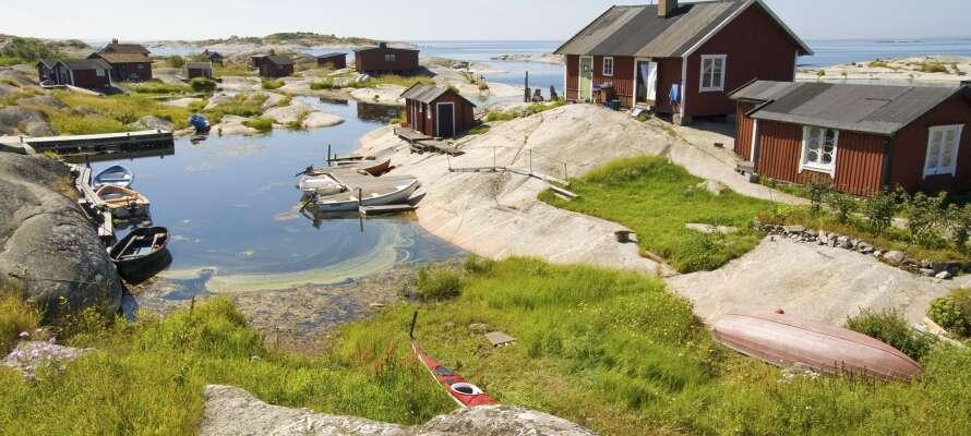 Från Nynäshamn kan ni tag er ut på båttur i Stockholms vackra skärgård.