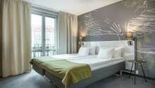 Hotellet är modernt inrett med trevliga faciliteter.