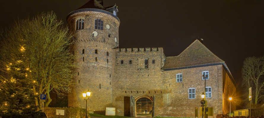 Med Alte Burg i sentrum er Neustadt-Glewe en by hvor det kan brukes mange timer på koselige gåturer.