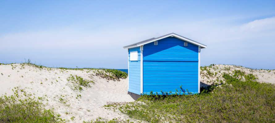"""Utforska """"Den danska Rivieran"""" och njut av t.ex. livet vid stranden i Tisvildeleje."""